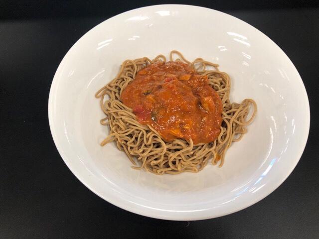 ベースヌードル×S&Bサヴァ缶とパプリカチリトマトのパスタソースのレシピ